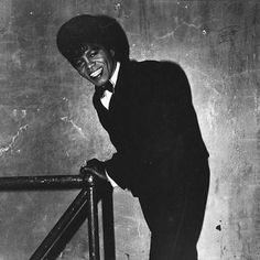 Diane Arbus, James Brown is Out of Sight, 1966 Born in a wealthy family, Diane Arbus decides, from a young age, to escape it the best she could. She thus marries a photographer, Allan Arbus, at 18 years old and both found a studio, managing to make a...