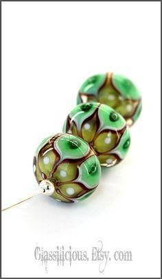 Art beads - Lampwork beads - Shades of green - Green flowers - Woodland - Fairy beads - nature - wood