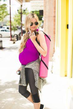 Barefoot Blonde - exercise clothing - maternity fashion style