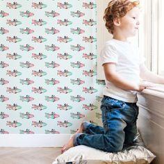 Spaceracers op je muur. Perfect behangetje voor op de kinderkamer.