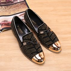 9cf2c58d1e045 Wholesale Men Black Gold Dress Shoes - 2017 Fashion Casual Formal Shoes For Men  Black Genuine Leather Tassel Men Wedding Shoes Gold Metallic Mens Studded  ...