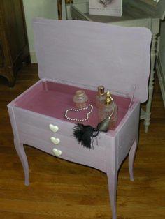 ma petite commode ma petite commode boite bijoux. Black Bedroom Furniture Sets. Home Design Ideas