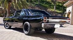 1968 Hemi Dart lovely mopar, nice rear tires!