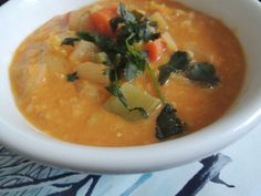 CROCKPOT COCONUT CURRY LENTIL SOUP