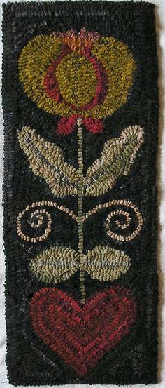 Hand Made Primitive Hooked Rug Hearts And Flowers I Folk Art