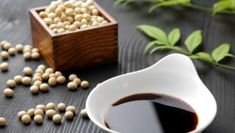 12 Health Risks Of Soy Sauce. Did you know that soy sauce can effect health? Yes, there are many health effects of soy sauce. Take a look at the health dangers and risks of soy sauce. Soy Sauce Substitute, Soy Sauce Alternative, Low Glycemic Fruits, Oatmeal Diet, 17 Day Diet, Keto Sauces, Non Organic, How To Make Homemade, Products