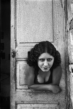 "Henri Cartier-Bresson: ""Prostituta"" (calle Cuauhtemoctzin, México, 1934)."
