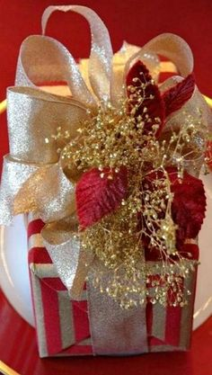 Merry Christmas Darling- Holiday Gift Wrap- #LadyLuxuryDesigns