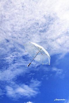 Flying Umbrella by Suradej Chuephanich, via 500px