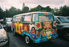 HIPPY BUSS....1969...Woodstock era...busses Goin there looked like this.