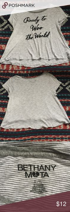 Bethany Mota Ready to Woo the World XL graphic tee Bethany Mota Ready to Woo the World graphic tee. Good condition. No flaws to note, a couple of loose threads. Check out my closet for other Bethany Mota tees that can be bundled and discounted!! A011 Aeropostale Tops Crop Tops