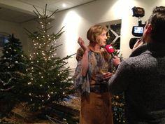 Tim en Jan van de televisie kwamen kijken in de Schotse Kerk voor de laatste voorbereidingen van de Kerstshow. Het wordt vanavond uitgezonden op nederland 3, vanaf 22.45 uur.