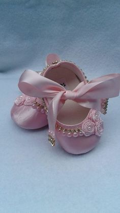 Best 11 Baptism shoes baby christening shoes for girl baby Baby Doll Shoes, Cute Baby Shoes, Girls Glitter Shoes, Girls Shoes, Lace Booties, Crochet Baby Booties, Christening Shoes, Baby Bling, Baby Clothes Patterns