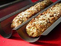 Dagasztás nélküli bagett - Kifőztük, online gasztromagazin Pizza Recipes, Bread Recipes, Vegetarian Recipes, Healthy Recipes, Healthy Food, Ravioli, Eat Pray Love, Challah, Ciabatta