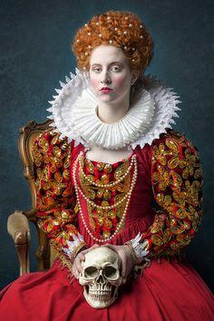 Elizabeth Tudor, Queen of England, costume portrait Dark Portrait, Royal Blood, Elizabeth I, Queen Of England, Portrait Photography, Poses, Costumes, England Costume, Dresses
