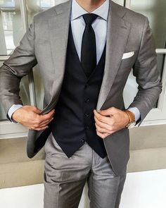 Preparing for another great workday. 👔🌐  Follow: @accouncelor 🔙🔙🔙  .  .  .  .  .  #suitup #dandy #dandystyle #dressforsuccess #mensfashionreview #mensfashionreport #mfrmagazine #gqstylehunt #styleiswhat #menwithstyle #guyswithstyle #mensfashions #mensfashionstyle #mensfashiontips #menslook #menslookbook #mens #madetomeasure #bestdressed #menstyleguide #modernmen #simplydapper #styleformen #dapperlydone #themanity #menwith #suitandtie #accouncelor 📷: @artworth_brothers