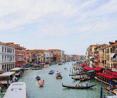 Beautiful Venice from the Rialto Bridge. An amazing city to explore on foot and alone. #Venice #rialto #bridge #rialtobridge #canals #gondola #italy #thecityscout #travel #instatravel #travelgram #wanderlust #worldtravelpics #latergram #passportready #travelblogger #theworldguru #ilovetravel #travelling #trip #traveltheworld #igtravel #getaway #travelblog #travelpics #travelphotography #worldcaptures by backstreetnomad