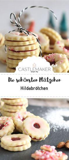 Liebt Ihr Hildabrötchen bzw. Spitzbuben genauso wie ich? Dann macht sie doch mal selbst Das Rezept für die leckeren, saftigen Plätzchen habe ich auf meinem Blog www.castlemaker.de genau beschrieben. Schaut gerne mal vorbei und lasst Euch inspirieren. #hildabrötchen #marmeladenkekse #spitzbuben #kekse #plätzchen #rezepte #Weihnachtsbäckerei #advent #backen