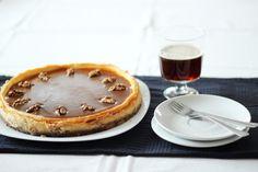 Cheesecake se slaným karamelem - Tadyhlady.cz Tiramisu, Pancakes, Cheesecake, Breakfast, Ethnic Recipes, Food, Morning Coffee, Cheesecakes, Essen