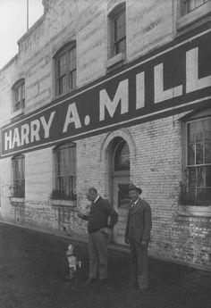 Harry Miller shop in 1929