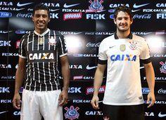 Nova Camisa do Corinthians 2013 A inspiração desse uniforme veio direto de 1990, quando ganhamos nosso primeiro Brasileirão, aquele com gol de Tupãzinho, que aliás, foi o homenageado no evento de lançamento da camisa.