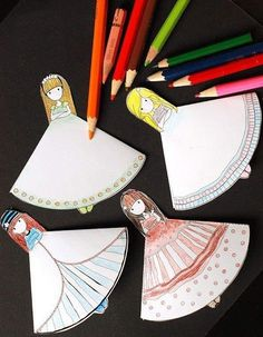 These pretty little girls are corner bookmarks. Get the template let your little girl make some. Easy quiet craft for anytime. Crafts To Make, Fun Crafts, Arts And Crafts, Paper Crafts, Heart Bookmark, Bookmark Craft, Cute Bookmarks, Corner Bookmarks, Diy For Kids