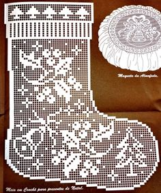 Ideas Knitting Charts Patterns Christmas Stockings For 2019 Filet Crochet Charts, Crochet Motifs, Crochet Diagram, Thread Crochet, Love Crochet, Crochet Doilies, Crochet Patterns, Knitting Charts, Crochet Christmas Ornaments