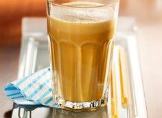 Photographie de recette Milk Shakes, Poulet Au Riesling, Sauce A La Creme, Aperol, Pint Glass, Rum, Cocktails, Beer, Tableware