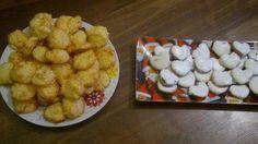 Weihnachten 2011 - Zimtherzen für meine kleine Maus und Kokosmakronen. Die Zimtherzen waren sehr sehr lecker (Rezept auf chefkoch.de). Die Kokosmakronen sind noch ausbaufähig :-)