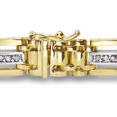 Ebay NissoniJewelry presents - Men's 1/2CT Diamond with Black Onyx Bracelet in 14K Yellow Gold    Model Number:BRV2928H-Y074    http://www.ebay.com/itm/Men-s-1-2CT-Diamond-with-Black-Onyx-Bracelet-in-10k-Yellow-Gold/221630530535
