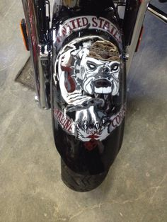 Marine Corps bull dog on the front fender. A returning customers bike.
