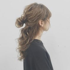 Celebrity Hairstyles, Messy Hairstyles, Hair Inspo, Hair Inspiration, Hair Arrange, Hair Setting, Japanese Hairstyle, Hair Images, Look Chic