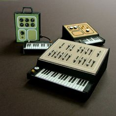 Dan McPharlin - Miniature Paper Analogue Synthesizers
