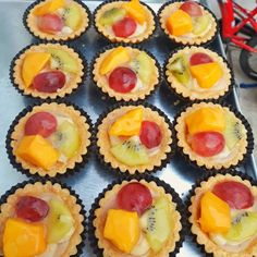 Pudding Recipes, Snack Recipes, Cooking Recipes, Resep Cake, Kiwi, Cheesecake, Muffin, Spices, Food And Drink