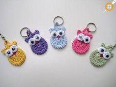Yarn Stash, Yarn Needle, Double Crochet, Single Crochet, Pdf Patterns, Crochet Patterns, Hello Kitty Crochet, Crochet Keychain Pattern, Party Bags
