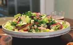 Salada de agrião com picles, presunto e queijo: receita inglesa - Gordon Ramsay - Programas - GNT