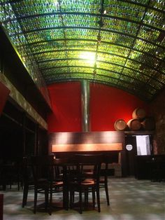 5000 wine bottles recycled into acoustics-improving ceiling at Buenos Aires Restaurant, Ginger