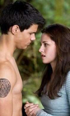 Twilight: New Moon - Jacob Black & Bella Swan (Taylor Lautner and Kristen Stewart)