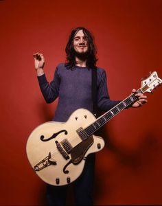 """John Frusciante by Neil Zlozower "" The Mars Volta, Children Of Bodom, John Frusciante, Anthony Kiedis, Layne Staley, Best Guitarist, Estilo Rock, Fru Fru, Hottest Chili Pepper"