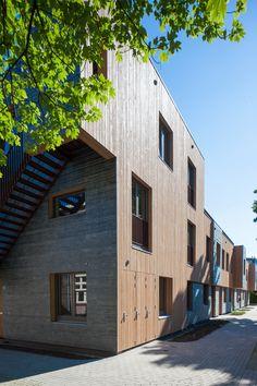 Groene Mient | Den Haag The Hague, Netherlands, Garage Doors, Architecture, Interior, Outdoor Decor, Home Decor, The Nederlands, Arquitetura