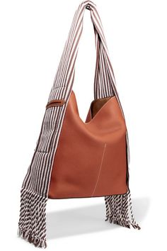 Loewe – Scarf Striped Cotton-trimmed Textured-leather Shoulder Bag – Tan – Online Pin Page Handmade Handbags, Handmade Bags, Handmade Leather, Vintage Leather, Dior Handbags, Latest Bags, Fabric Bags, Canvas Leather, Handarbeit