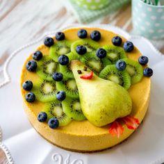 Kakun koristelu Finnish Recipes, Fruit Birthday Cake, Funny Cake, Edible Food, How To Eat Better, Eat Smart, Pretty Cakes, Healthy Baking, Yummy Cakes