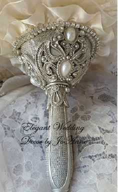 UNIQUE CUSTOM IVORY BRIDAL BROOCH BOUQUET, Ivory and Silver Brides Bouquet, Custom Brooch Bouquet, Wedding Bouquet, Bouquet, Silver Brooches - $499.00 (Full Price) - DEPOSIT IS $299.00 - BALANCE - $ 200.00 (Pictures sent for approval before balance is due)