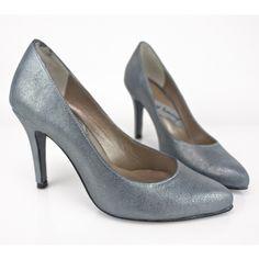 #Calzado #artesanal #HechoenEspaña con #materiales de #calidad y por tanto comodísimos ¡Desde 1984 fabricando artesanalmente #zapatos a la #medida de tu #estilo! #SHOES #FASHION #STYLE #MADRID #SHOPPING