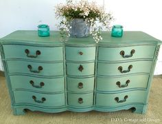 I love this color and the beautiful curvy lines! D.D.'s Cottage and Design: Mill Springs Blue
