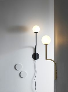 Shop Mobil 46 wall lamp from Designfirman Gamla Stan in Wall lamps, available on Tictail from kr in Mässing/Brass, Svart/Black Scandinavian Interior Design, Scandinavian Furniture, Swedish Design, Big Design, Lamp Design, Dream Furniture, Cool Lighting, Lighting Ideas, Light Fixtures