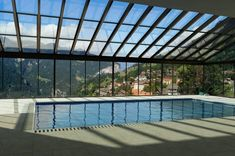 Renowned for its innovative approach and its elegant products, Salinox creates whatever is needed for a projects that involves aluminum and glass. Skylights, Glass Roof, Crystals, Elegant, Outdoor Decor, Home Decor, Classy, Glass Ceiling, Chic