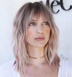 60 Super Chic Hairstyles for Long Faces to Break Up the Length Mid Length Choppy Cut With Bangs Long Face Hairstyles, Chic Hairstyles, Haircuts With Bangs, Hairstyles 2018, Men's Hairstyle, Wedding Hairstyles, Formal Hairstyles, Hairstyle Ideas, Pretty Hairstyles
