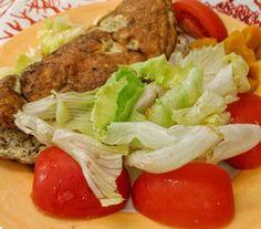 Omelete de atum abóbora refogada alface e tomate. . . E para outras 23 receitas low carb grátis clique no Link da minha bio ou acesse http://ift.tt/2cTdyHT . . #senhortanquinho #paleo #paleobrasil #primal #lowcarb #lchf #semgluten #semlactose #cetogenica #keto #atkins #dieta #emagrecer #vidalowcarb #paleobr #comidadeverdade #saude #fit #fitness #estilodevida #lowcarbdieta #menoscarboidratos #baixocarbo #dietalchf #lchbrasil #dietalowcarb