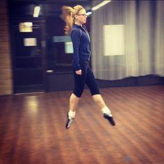 übernahme The Missing Beat Irish Step Dancing, Irish Dance, Celtic Dance, Dance It Out, Just Dance, Dance Stuff, Shall We Dance, Dance Photos, Fitness Studio